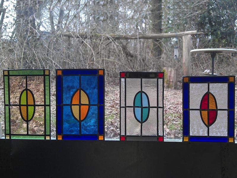glas in lood gemaakt door leerlingen onder leiding van Veronica