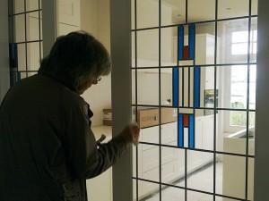 glas in lood schuifdeur, ontwerp en plaatsen door Veronica Huisintveld