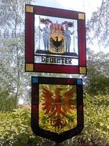 stadswapens Deventer en Apeldoorn brandschilderen