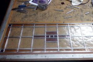 Glas in lood bijna klaar, nu nog solderen van t lood
